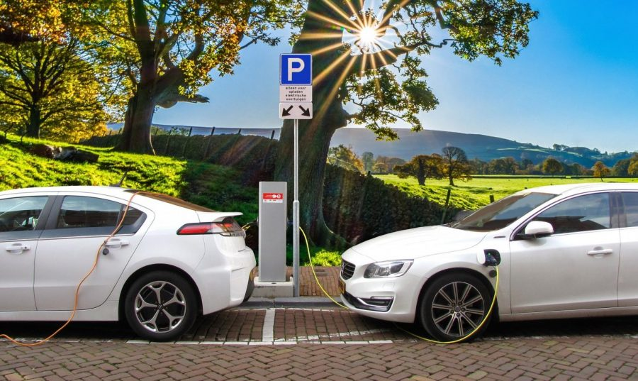 Re-Charging+the+Automotive+Industry